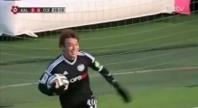 Incredible! Nomme Kalju's Hidetoshi Wakui celebrates goal by bowling over teammates / 22.03.2014