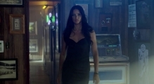 Adriana Lima Brings Futbol to a Sports Bar -- FIFA World Cup.™ [OFFICIAL KIA COMMERCIAL]