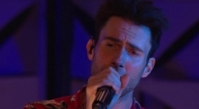 Maroon 5 - She Will Be Loved (Amex EveryDay LIVE)